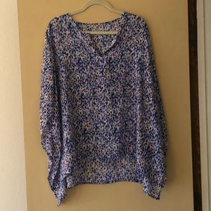 Blue and coral short sleeve top